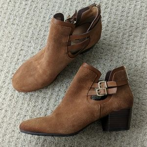 Kenneth Cole Reaction Chestnut Suede Booties